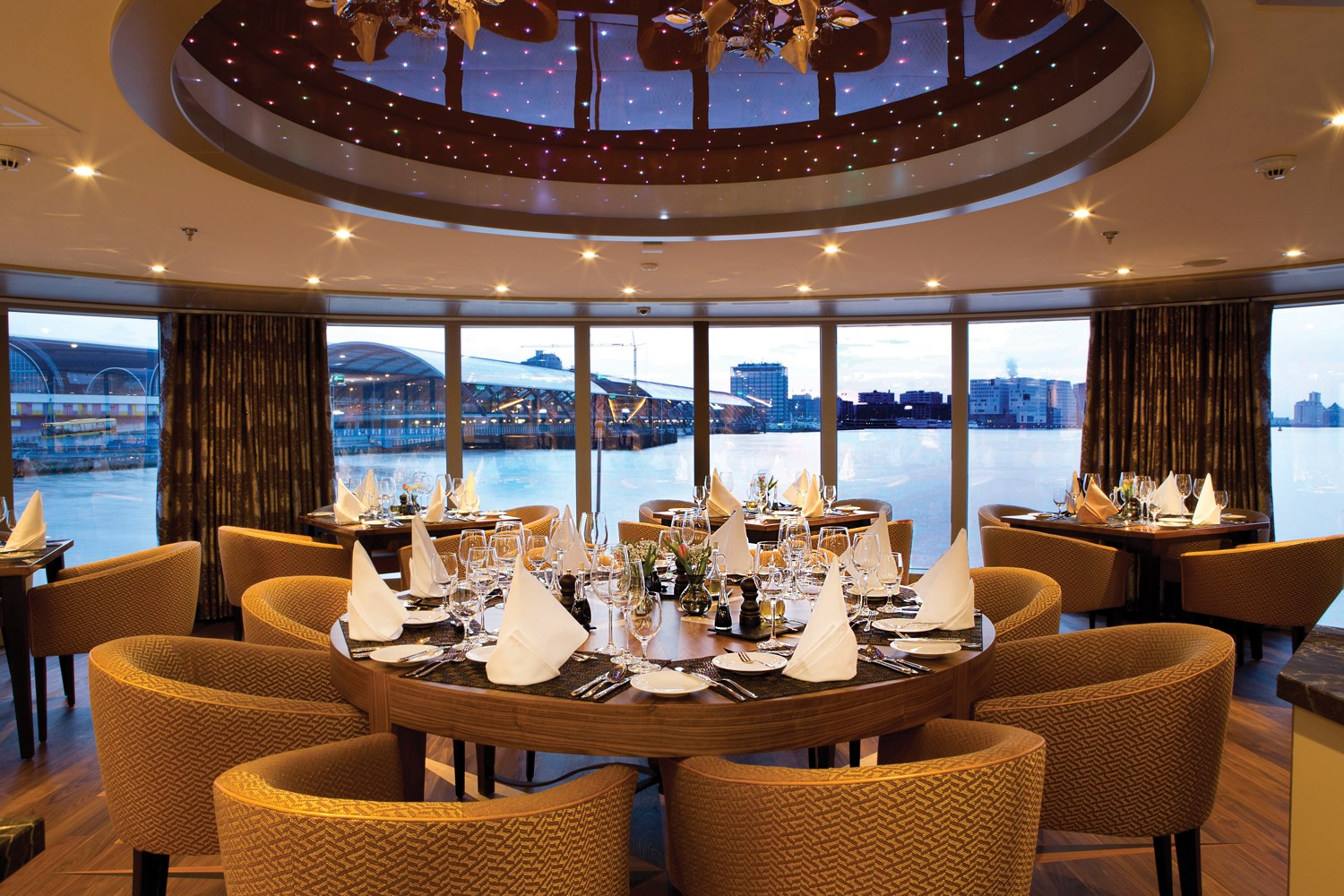 ship_23_chefstable_gallery