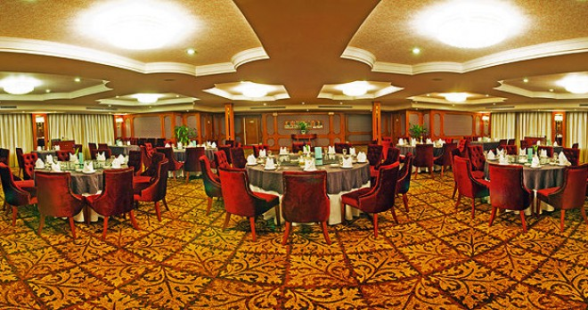 Cruise-Dining-Lounge-1-660x348