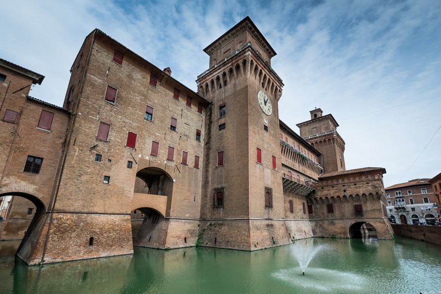 day-5-estense-castle