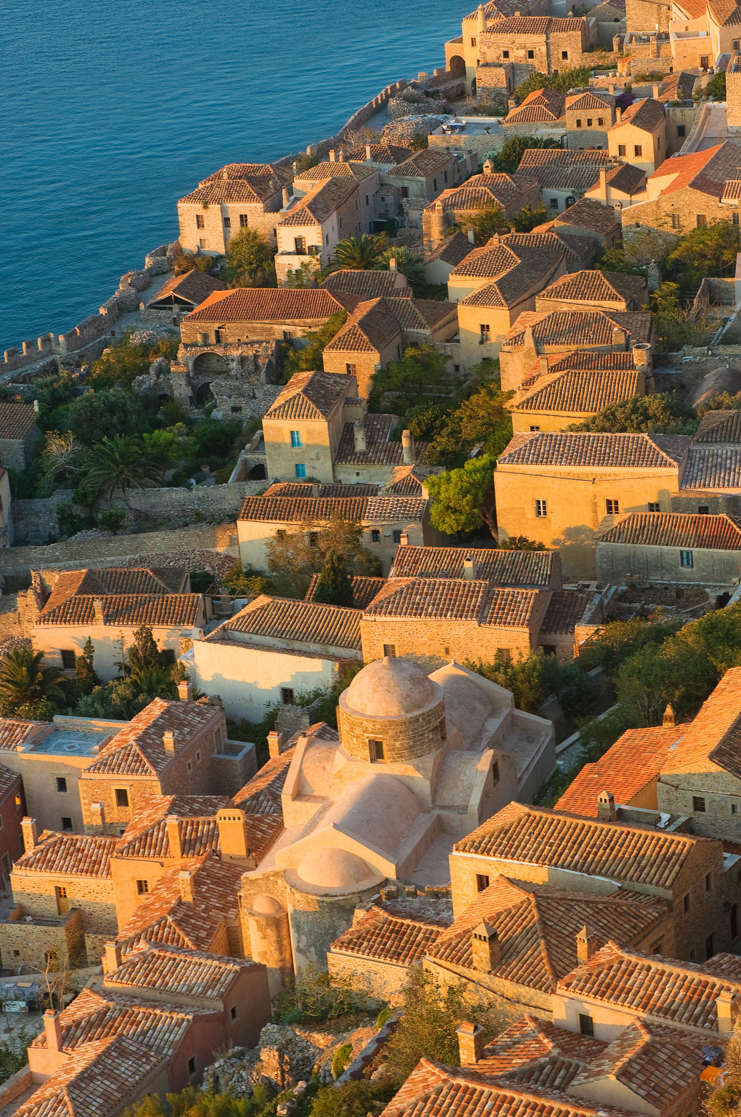 medieval-walled-town-of-monemvasia-greece