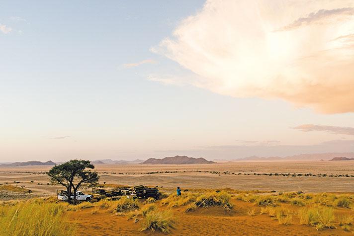 img-itinerary-african-day-10-namib-naukluft