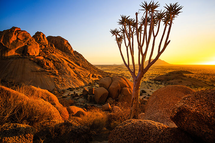 img-itinerary-african-day-7-spitzkoppe