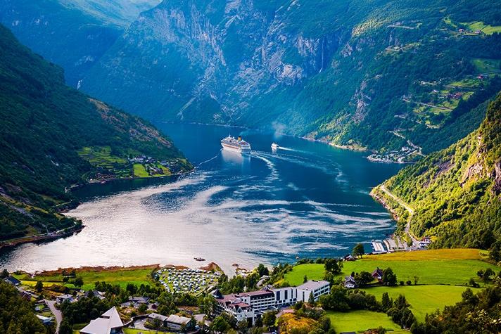 11 Reasons to Visit Norway