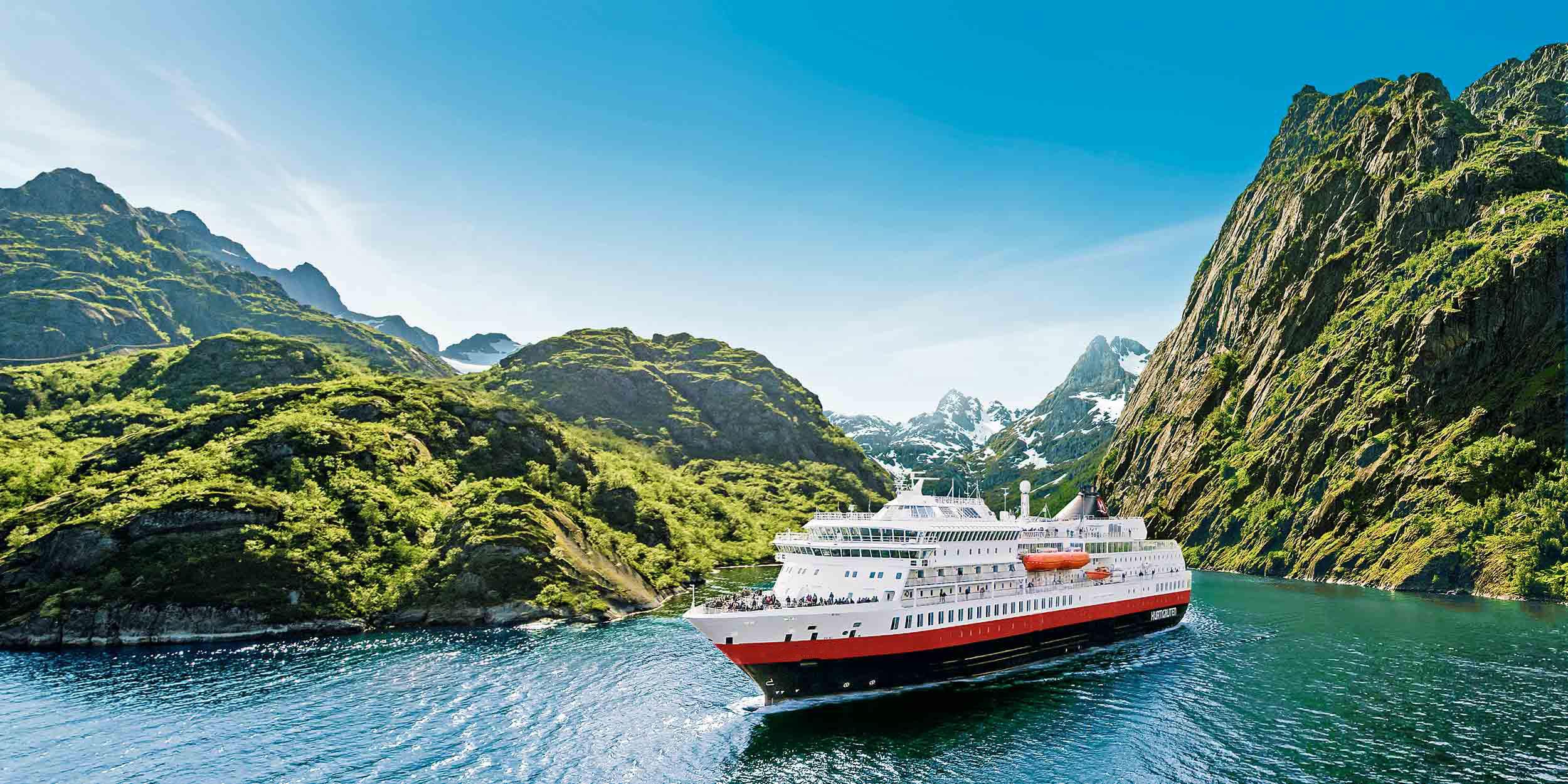 ship-in-fjord-hurtigruten_2500x1250