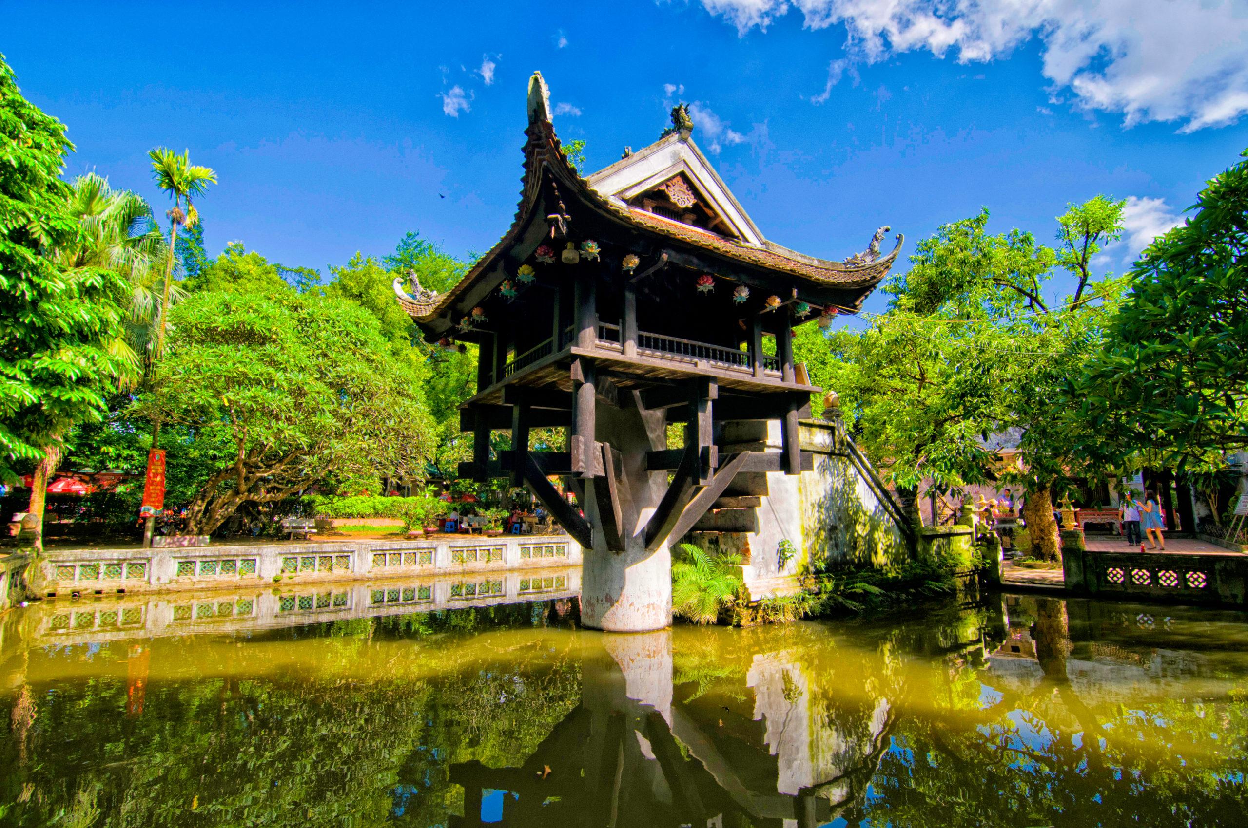 one-pillar-pagoda-in-hanoi-vietnam_168689621