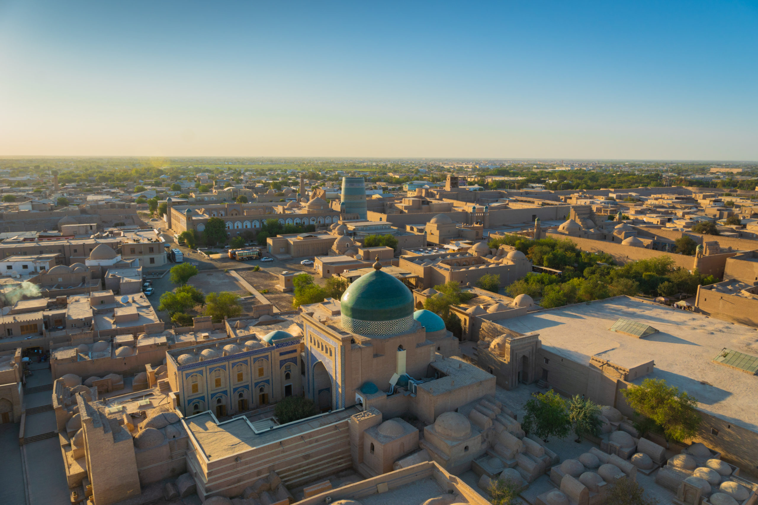 shutterstock_1176660070_khiva-uzbekistan