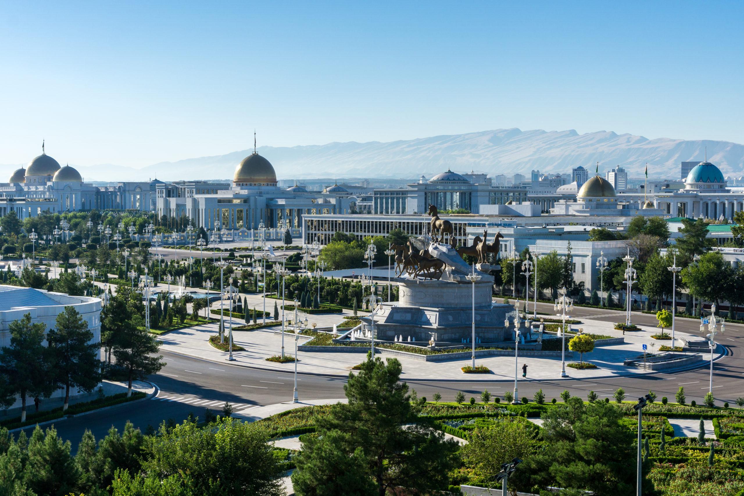 shutterstock_1362279620_ashgabat-turkmenistan