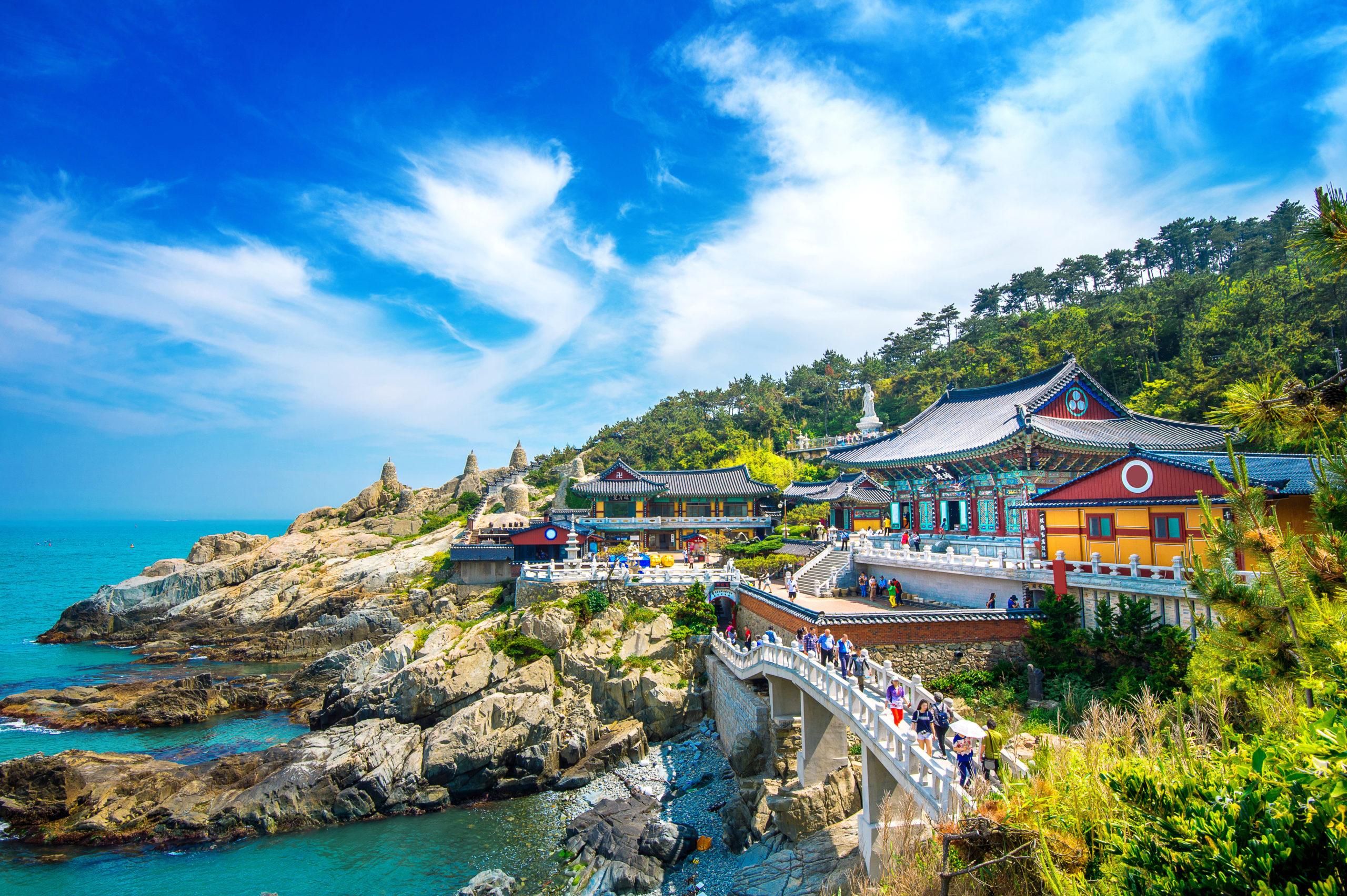 shutterstock_715816141_haedong-yonggungsa-temple