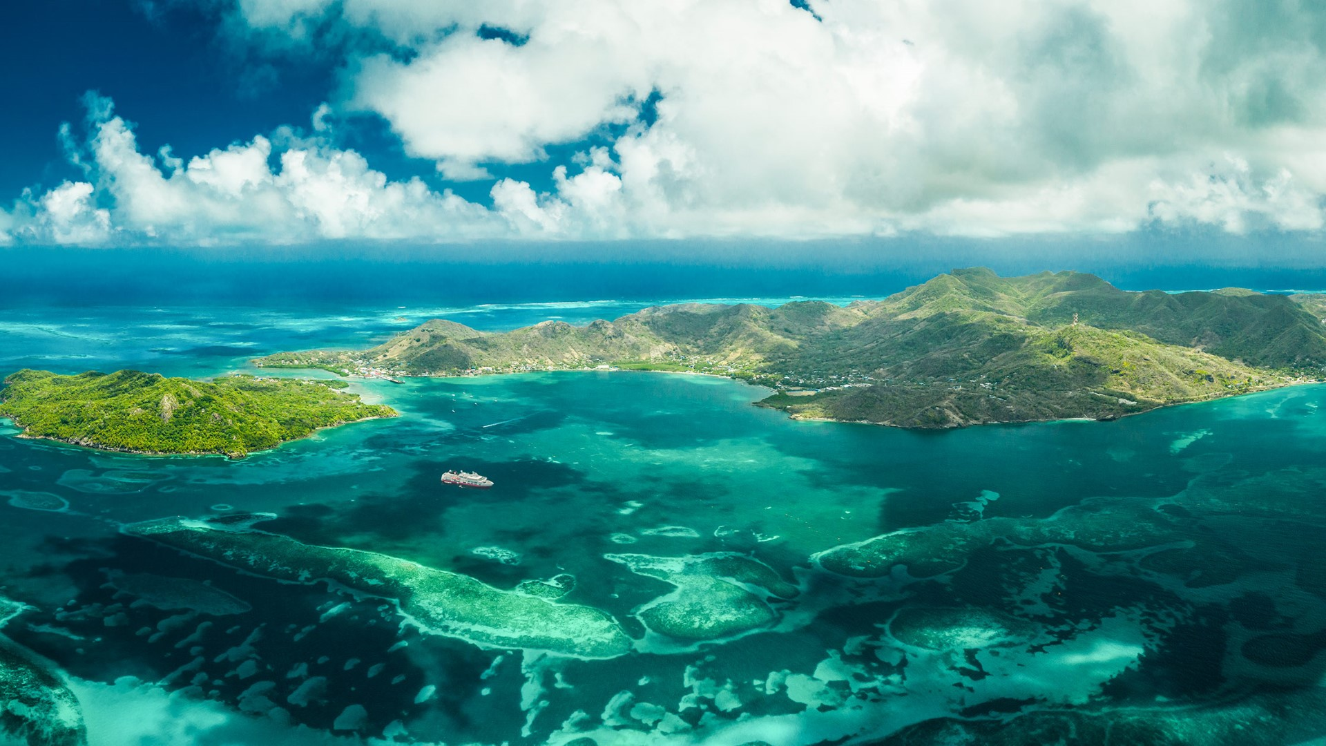 day-7_isla-de-providencia_colombia_aerial-view_dan-avila