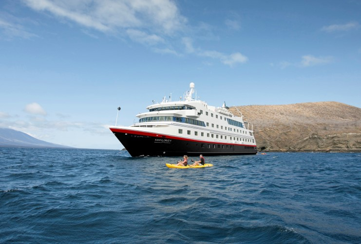 santa-cruz-ii-kayaking
